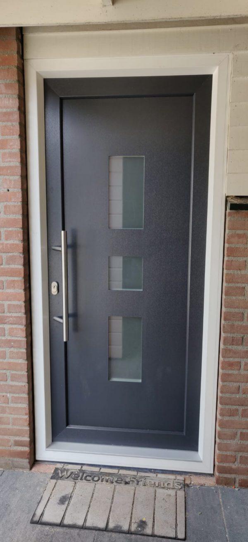 bl 25 3 voordeur
